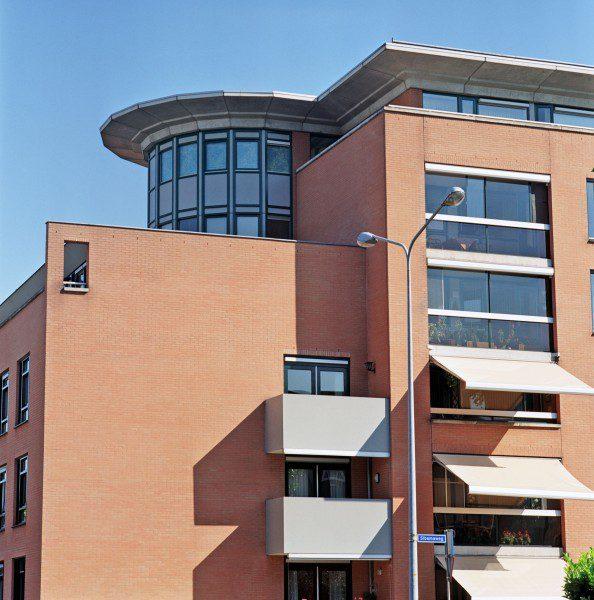 Studentenwoningen, appartementen, kantoren en parkeerkelder Europaplein