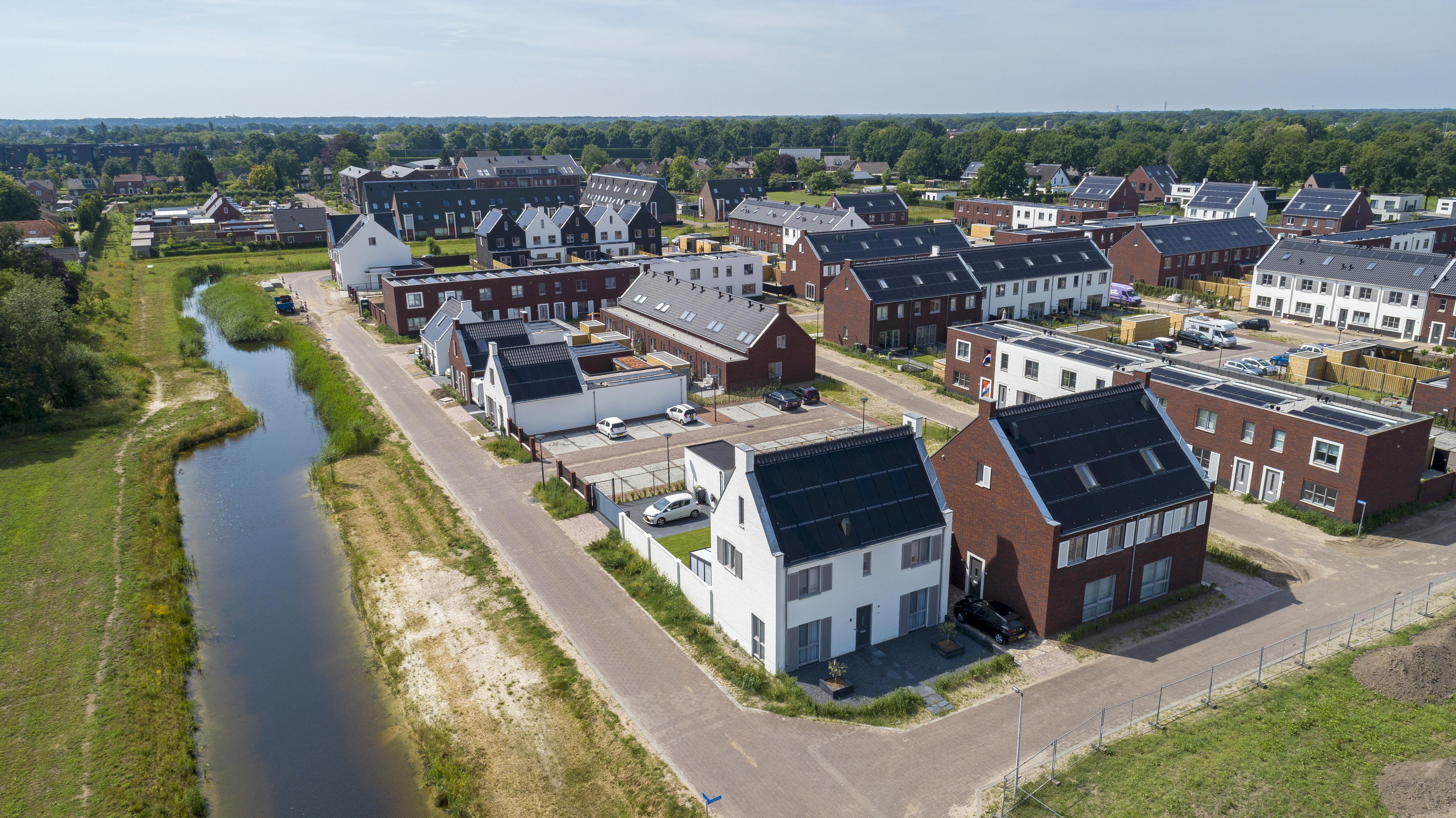 Goede Morgen Geerpark fase 1: 42 koopwoningen, 56 sociale huur, 8 vrije sector huur